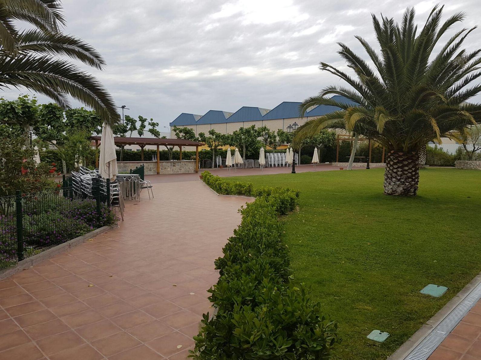 Restaurante con jardines Mostoles