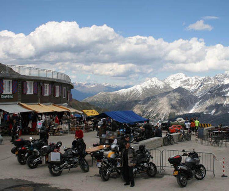 Venta de motos, accesorios y ropa en Los Realejos
