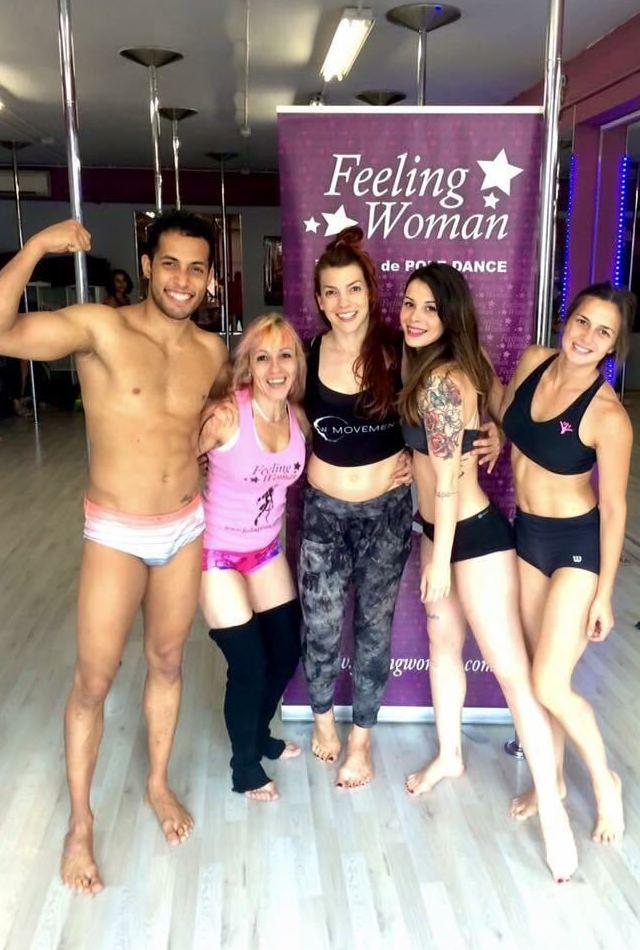 Foto 48 de Escuelas de música, danza e interpretación en Barcelona | Feeling Woman Pole Dance-Sport