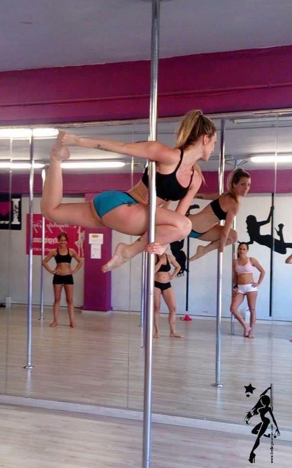 Foto 32 de Escuelas de música, danza e interpretación en Barcelona | Feeling Woman Pole Dance-Sport