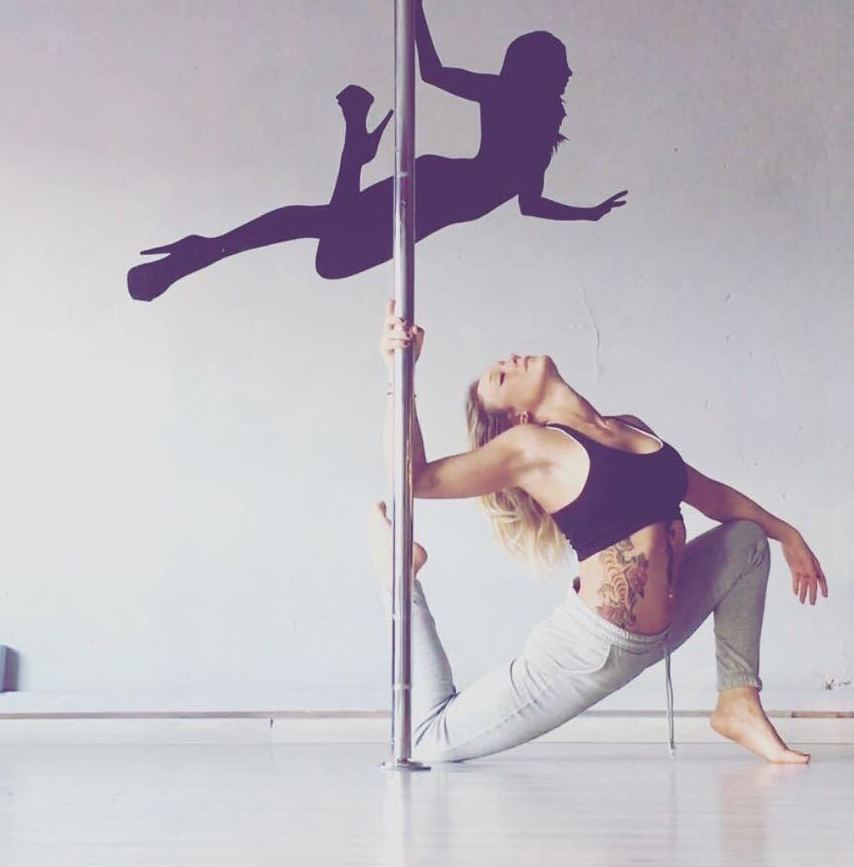 Foto 45 de Escuelas de música, danza e interpretación en Barcelona | Feeling Woman Pole Dance-Sport