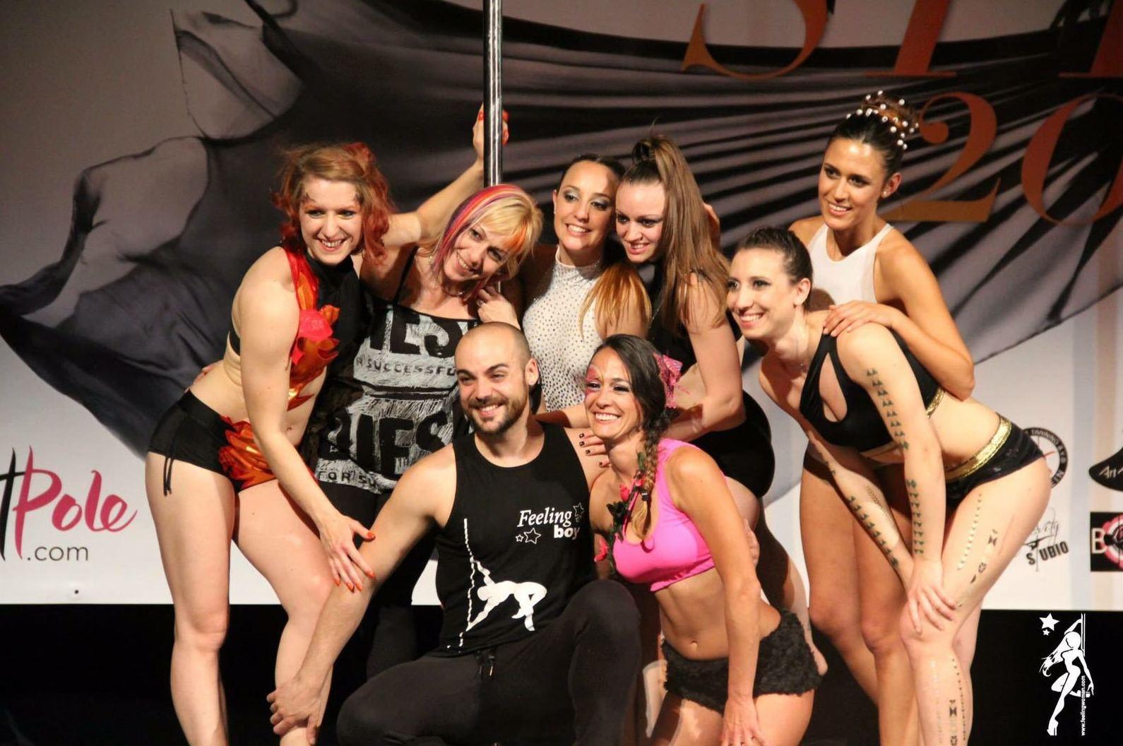 Foto 46 de Escuelas de música, danza e interpretación en Barcelona | Feeling Woman Pole Dance-Sport