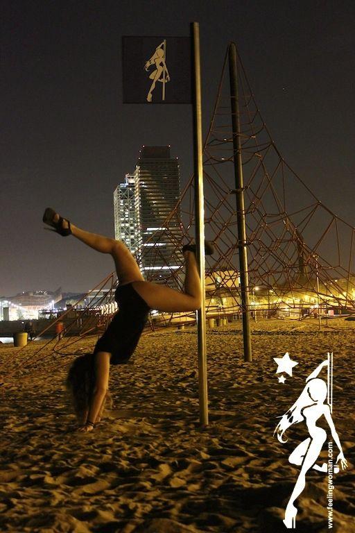 Foto 93 de Escuelas de música, danza e interpretación en Barcelona | Feeling Woman Pole Dance-Sport