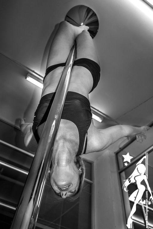 Foto 92 de Escuelas de música, danza e interpretación en Barcelona | Feeling Woman Pole Dance-Sport