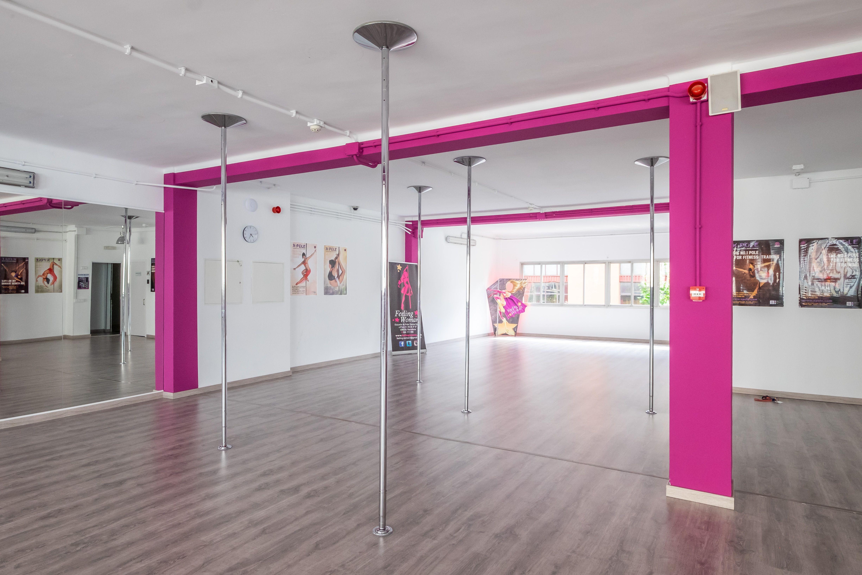 Foto 25 de Escuelas de música, danza e interpretación en Barcelona | Feeling Woman Pole Dance-Sport