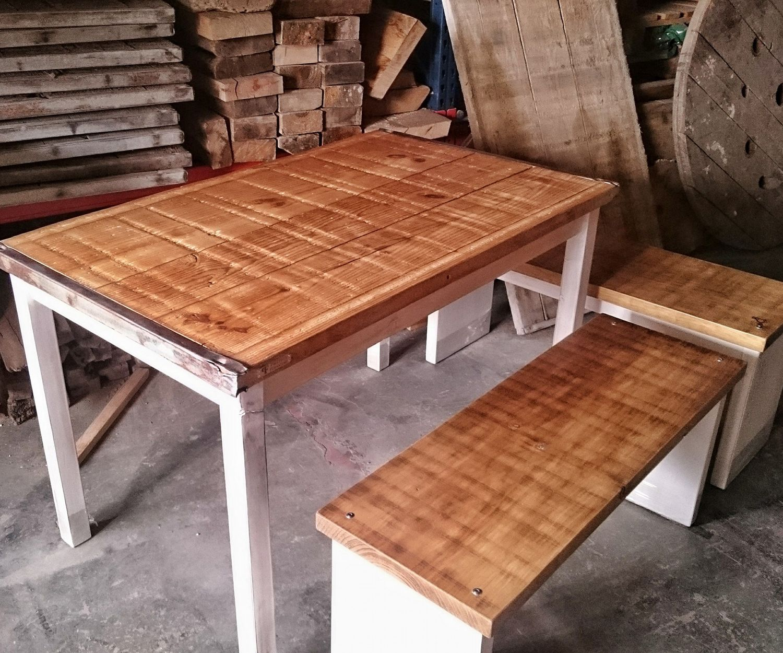 Muebles rústicos con maderas recicladas