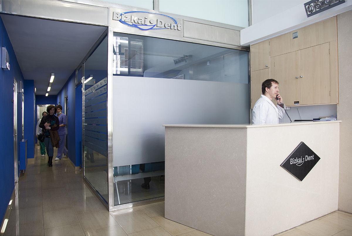Foto 9 de Clínicas dentales en Santurtzi | Centro Dental Bizkai-Dent