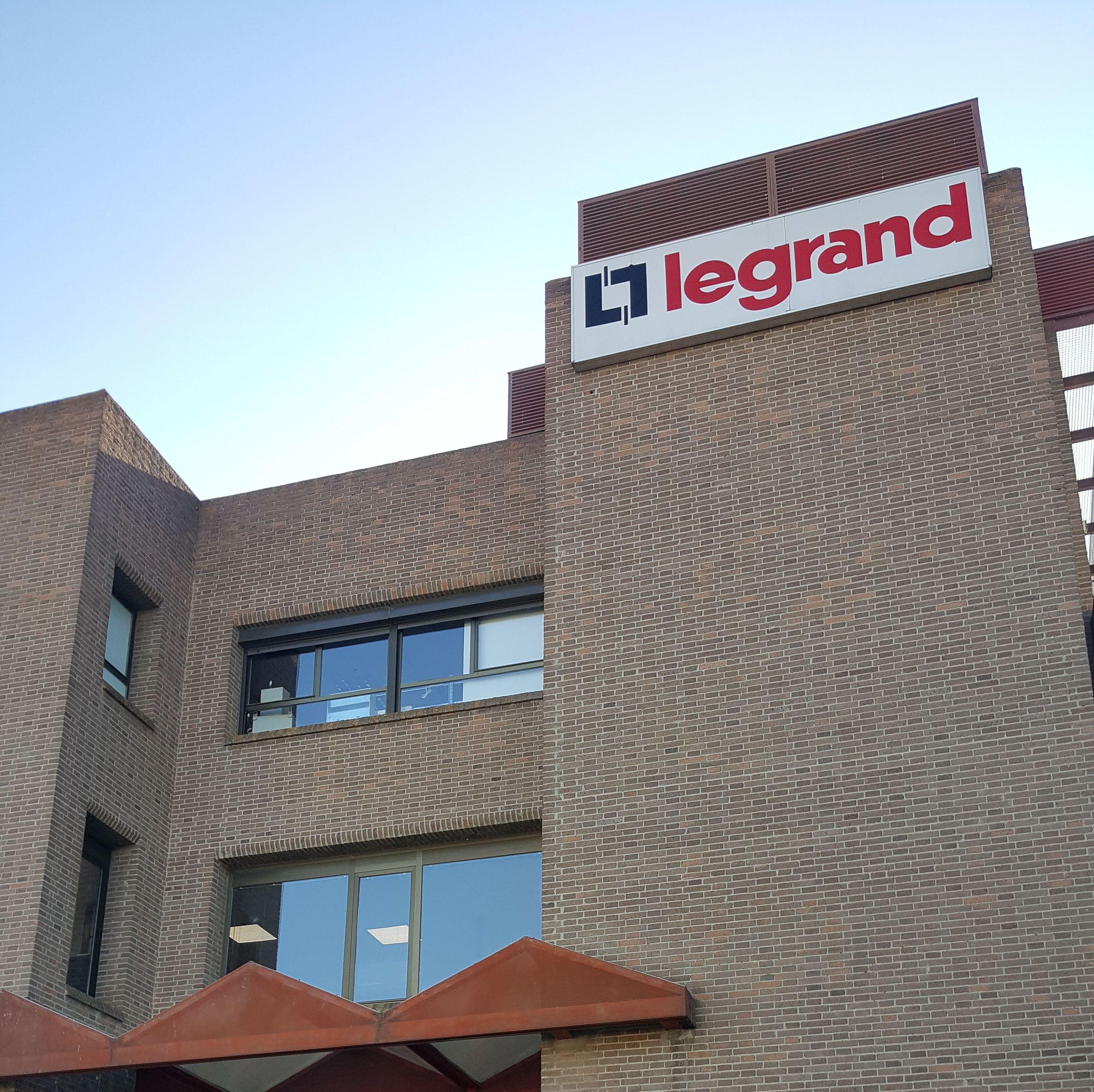 visita fabrica Legrand