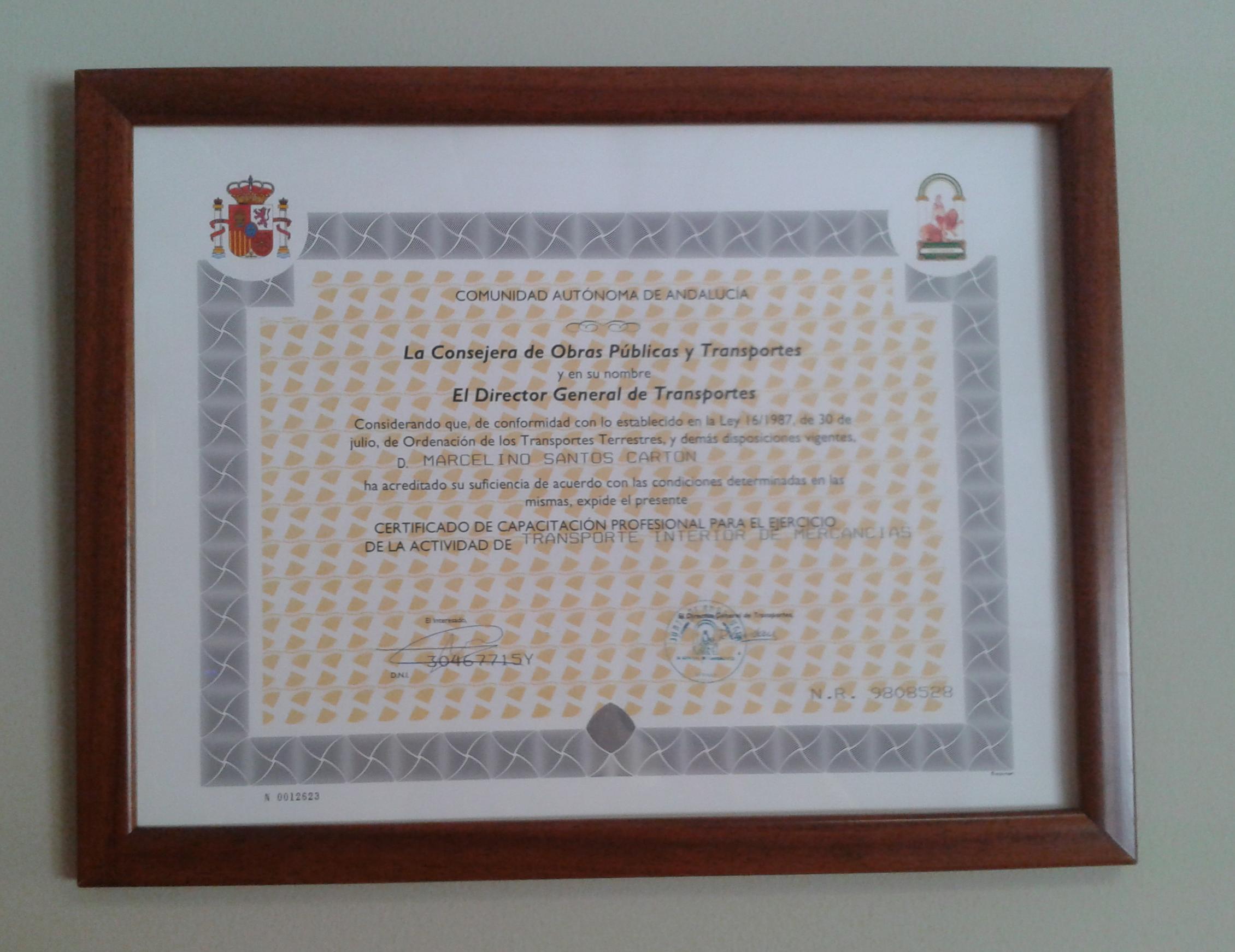 Certificado de capacitación profesional para el ejercicio de la actividad de transporte interior de mercancias