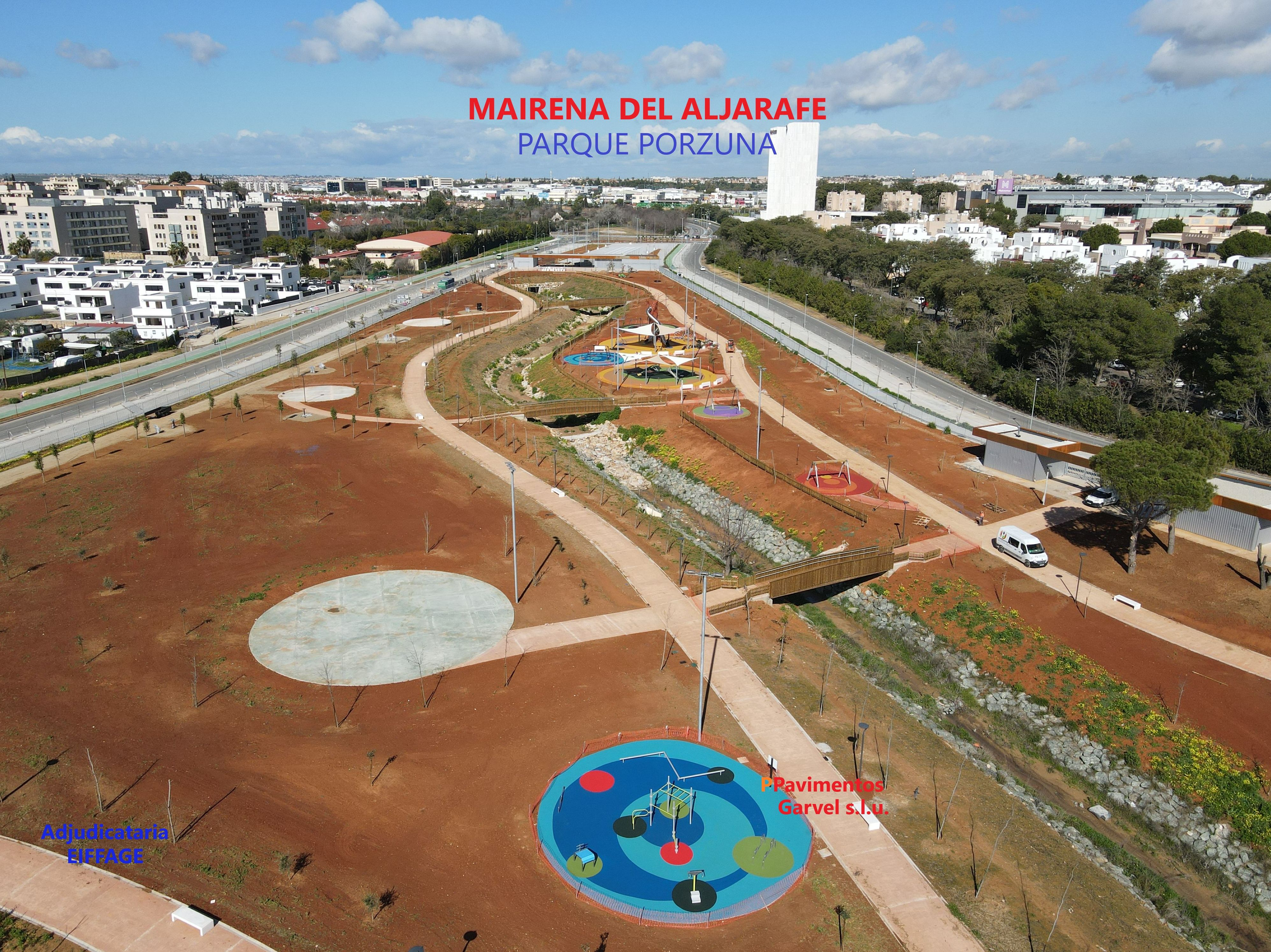 Foto 1 de Instalación de pavimentos de caucho para parques infantiles en Las Cabezas de San Juan   Pavimentos Garvel