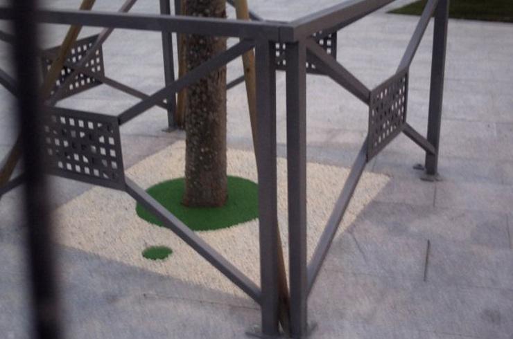 Pavimentos mixto para árboles (caucho y aridos)