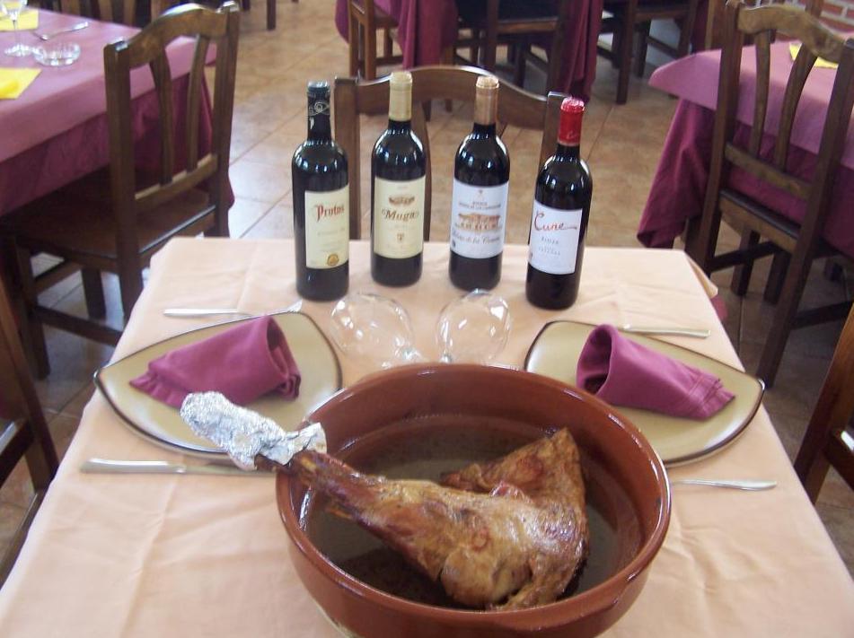 Cordero asado y selección de vinos