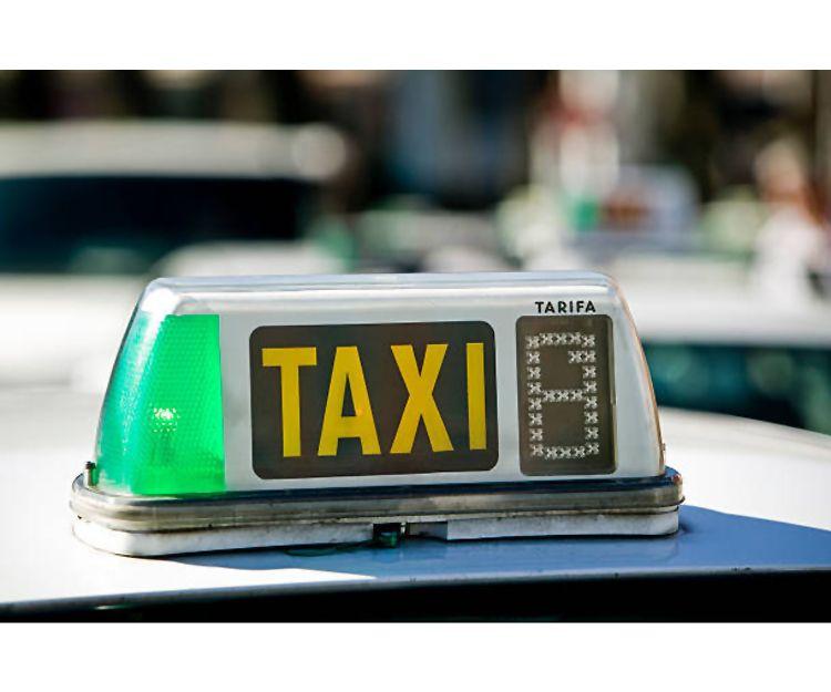 Servicio de taxi 24 horas en Ondara