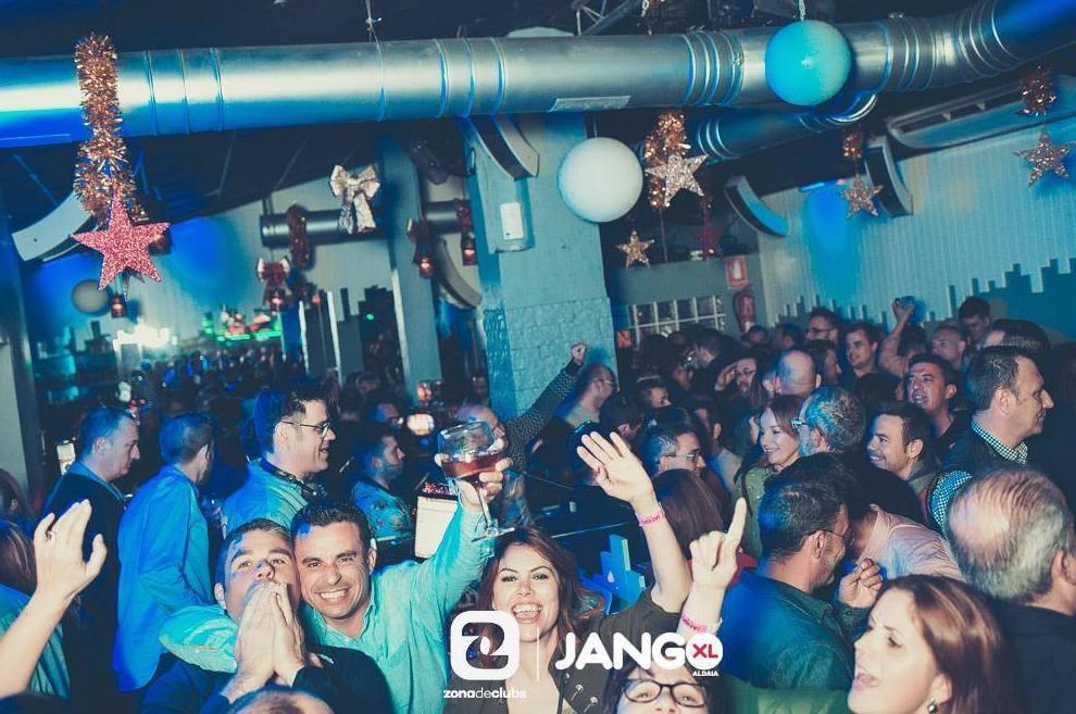 Foto 3 de Pubs y bares de copas en ALDAYA | JANGO XL
