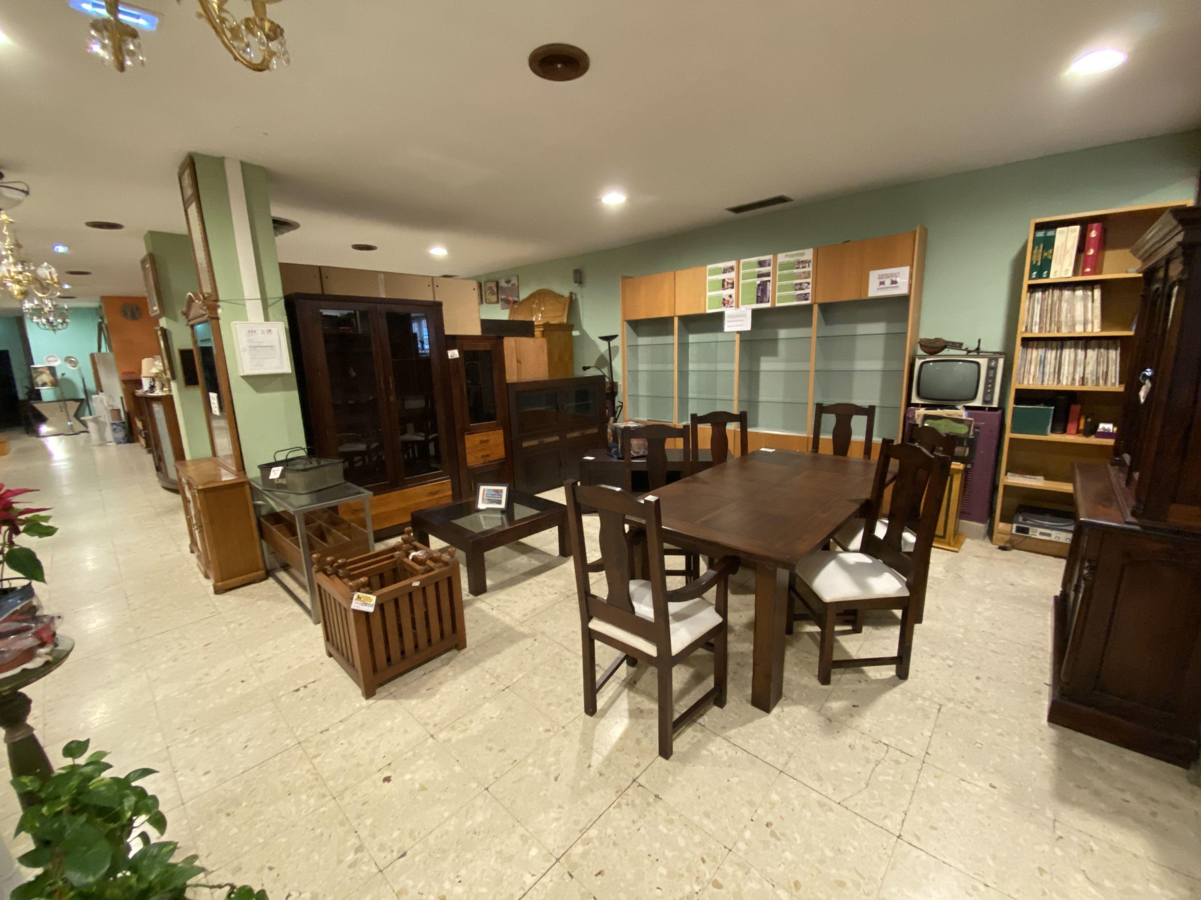 Foto 13 de Recogida y venta de muebles usados en Gijón | Remar Asturias