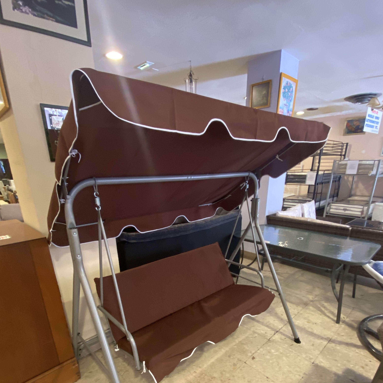 Foto 3 de Recogida y venta de muebles usados en Gijón | Remar Asturias