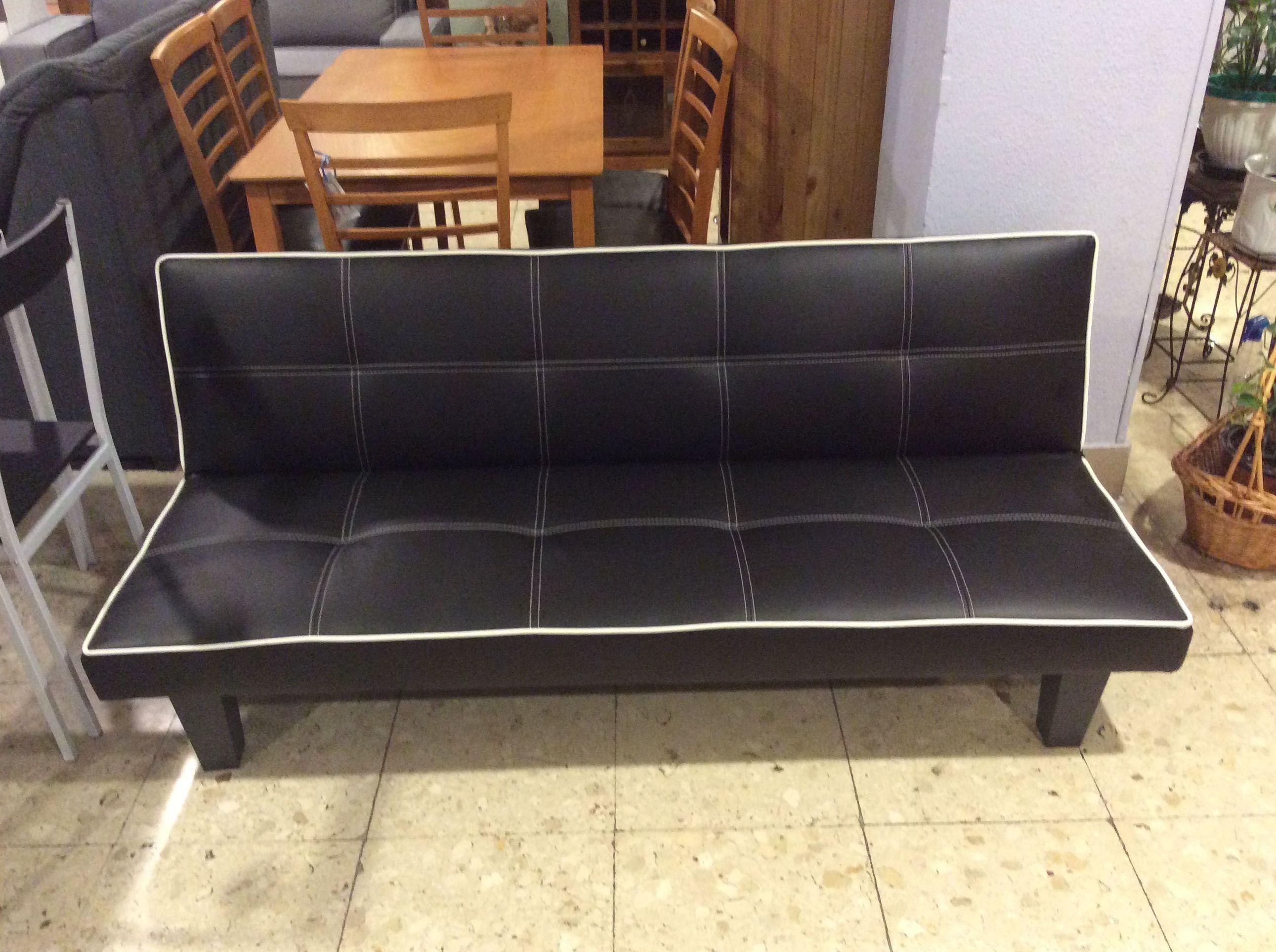Foto 212 de Recogida y venta de muebles usados en Gijón | Remar Asturias