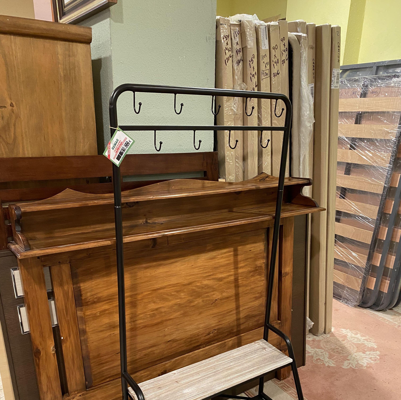 Foto 25 de Recogida y venta de muebles usados en Gijón | Remar Asturias