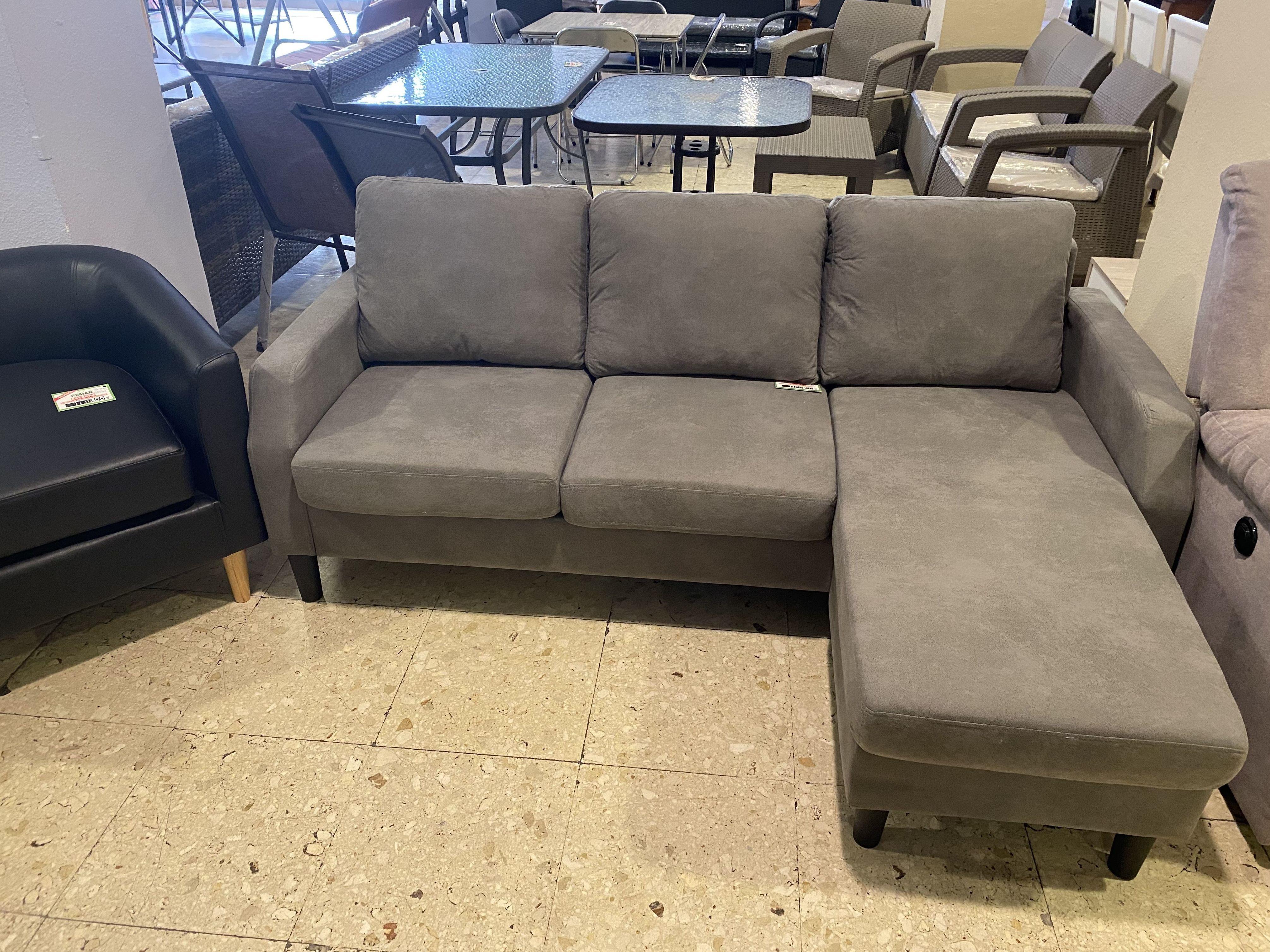Foto 7 de Recogida y venta de muebles usados en Gijón   Remar Asturias
