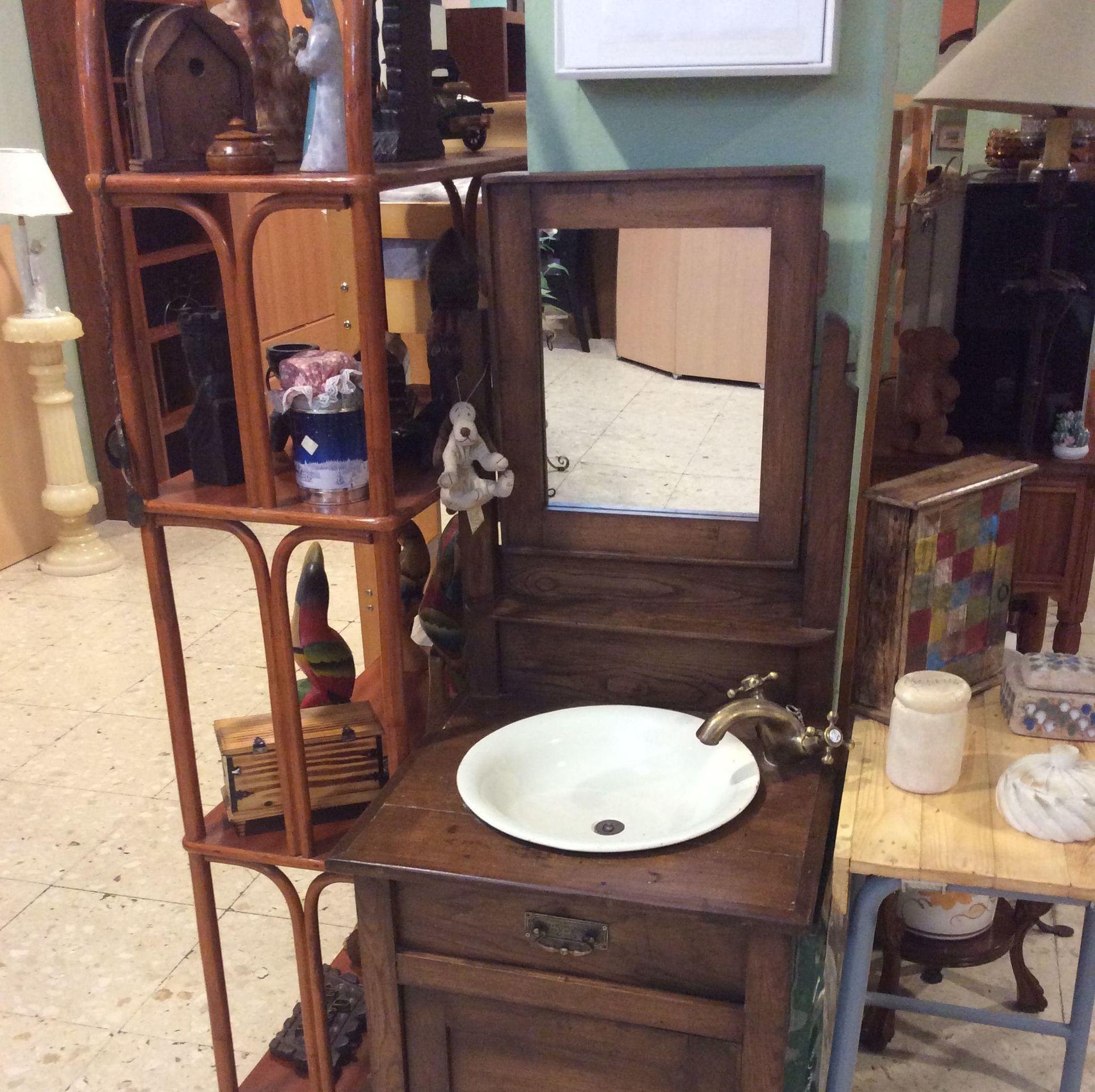 Foto 256 de Recogida y venta de muebles usados en Gijón | Remar Asturias