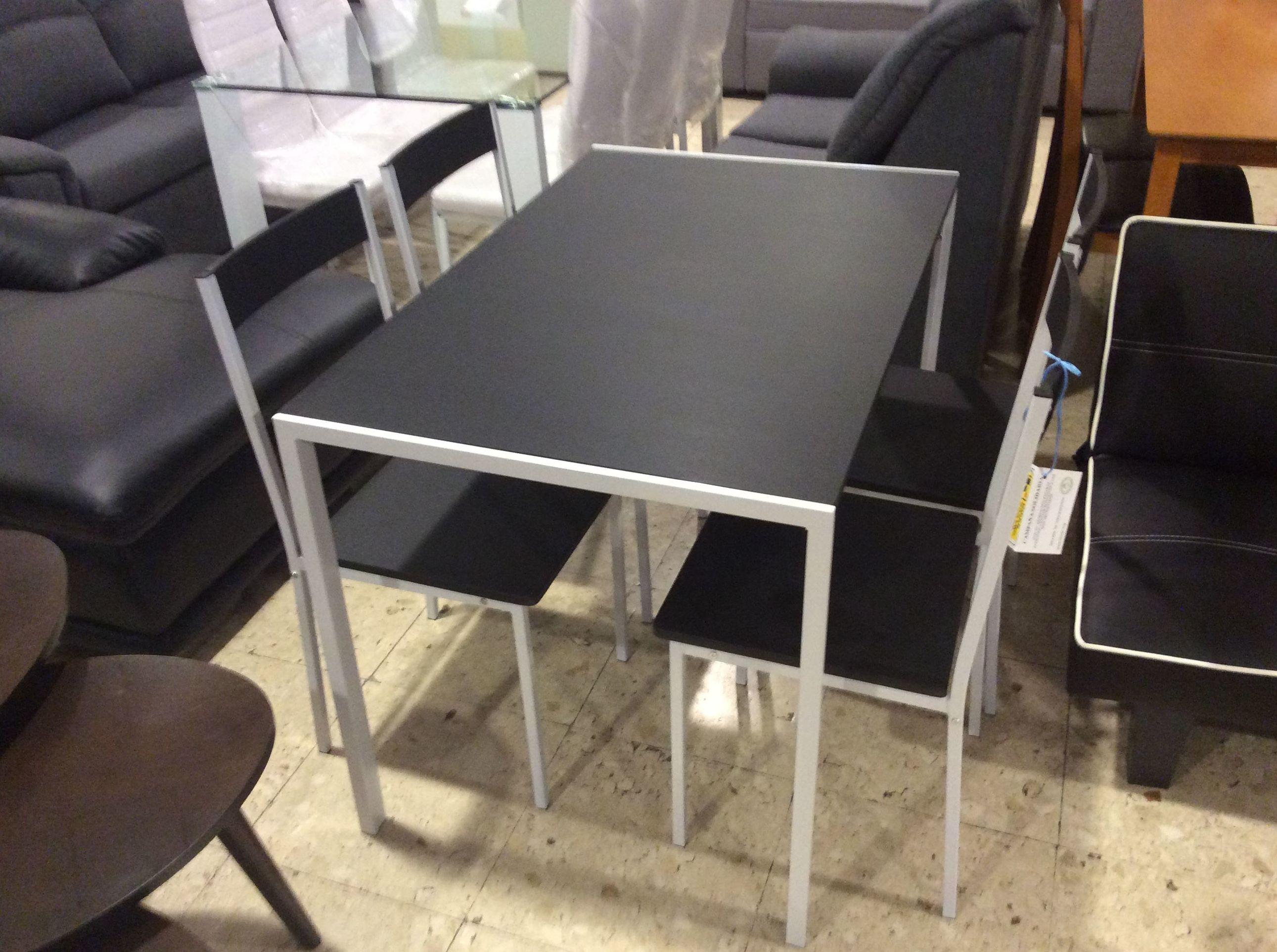 Foto 252 de Recogida y venta de muebles usados en Gijón | Remar Asturias