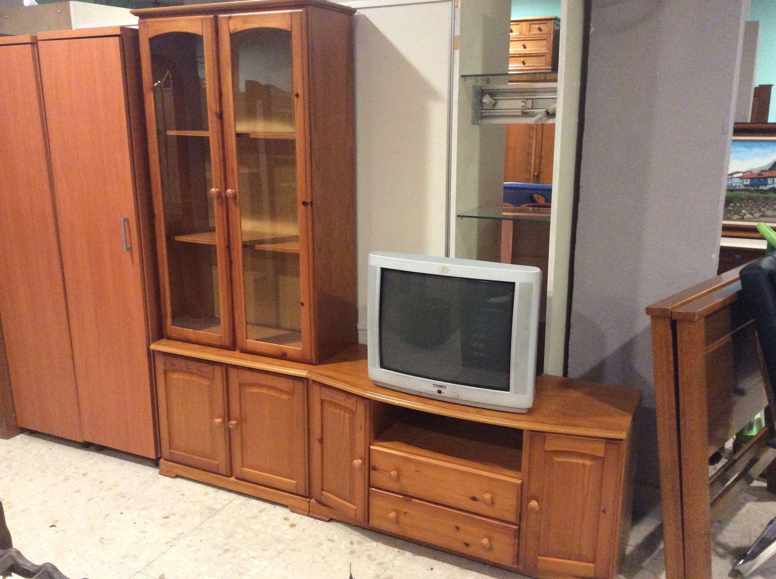 Foto 179 de Recogida y venta de muebles usados en Gijón | Remar Asturias