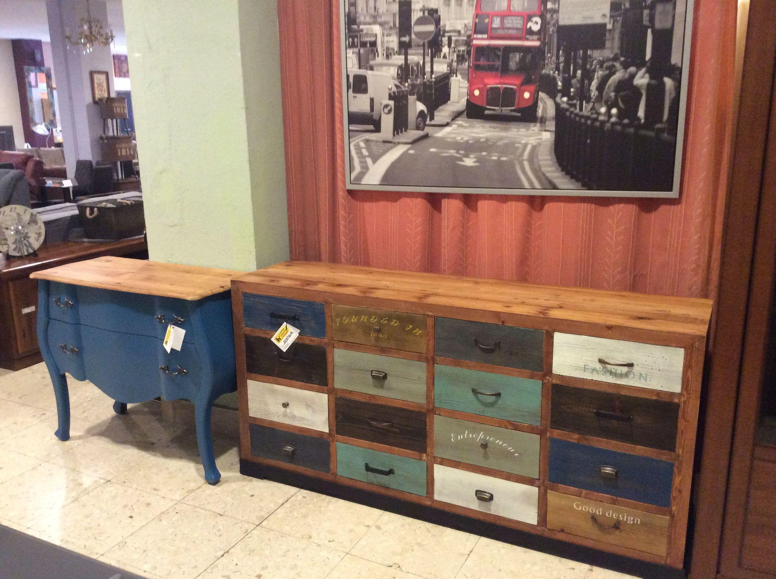 Foto 111 de Recogida y venta de muebles usados en Gijón | Remar Asturias