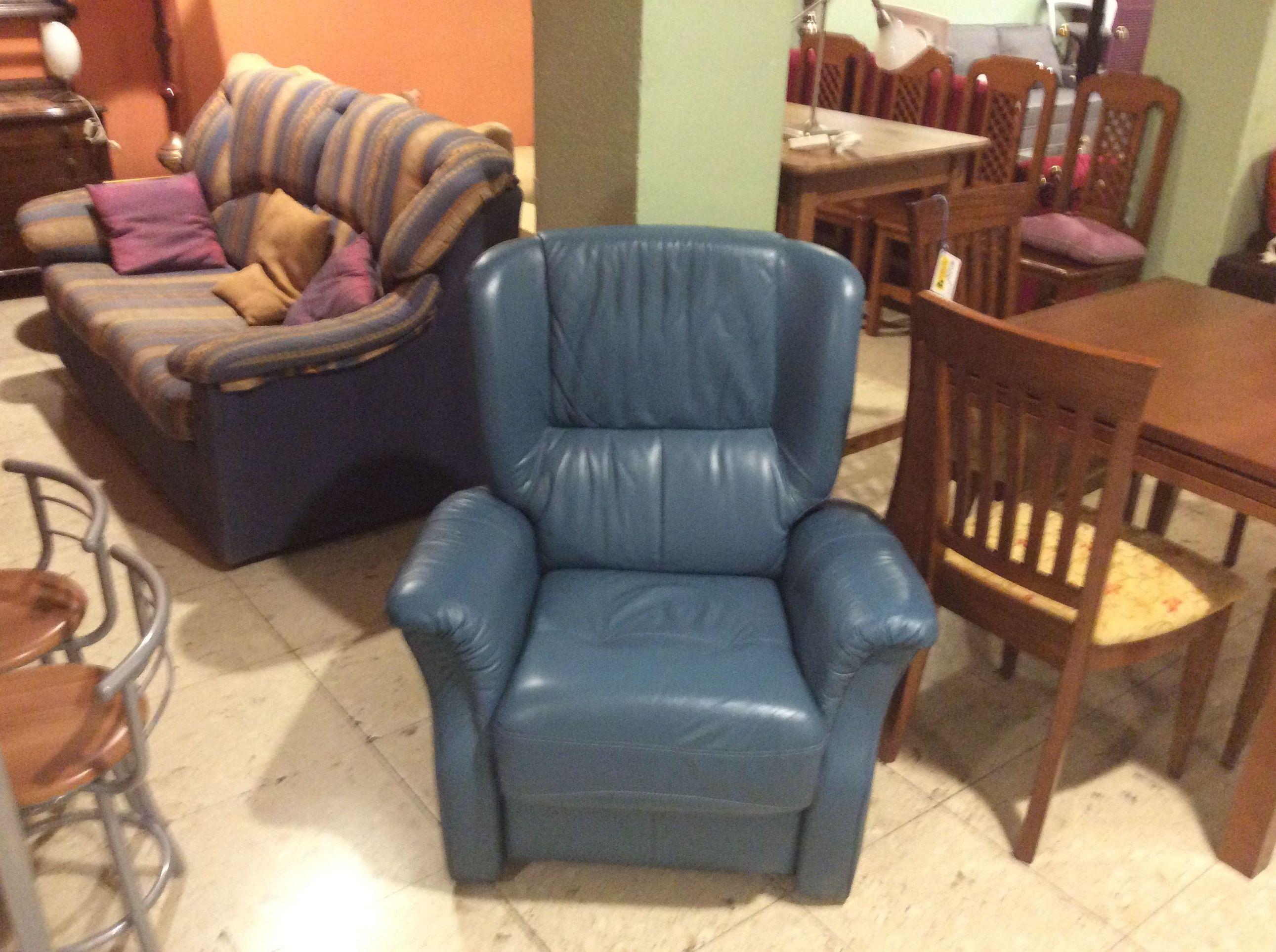 Foto 195 de Recogida y venta de muebles usados en Gijón | Remar Asturias