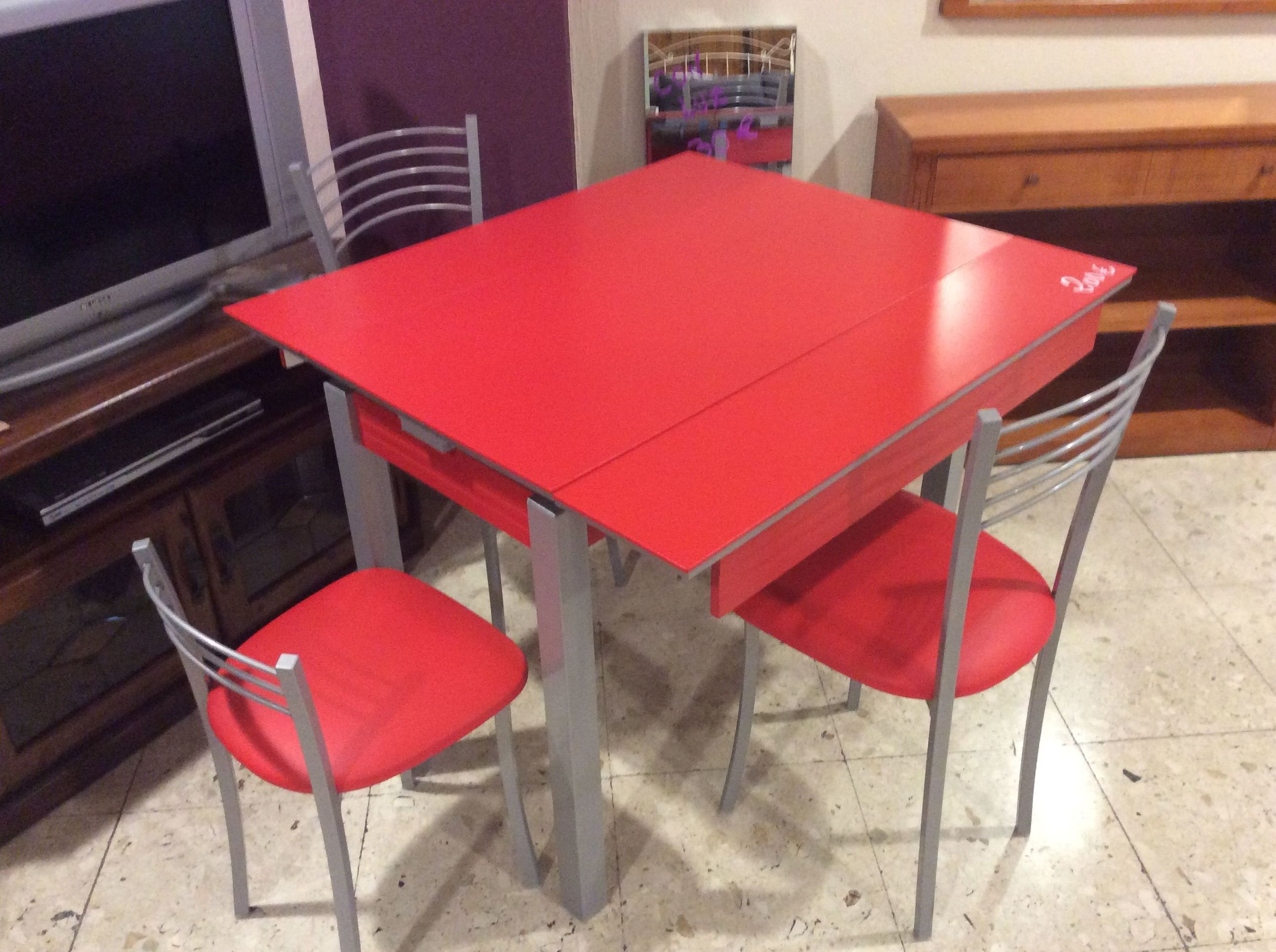 Foto 131 de Recogida y venta de muebles usados en Gijón | Remar Asturias