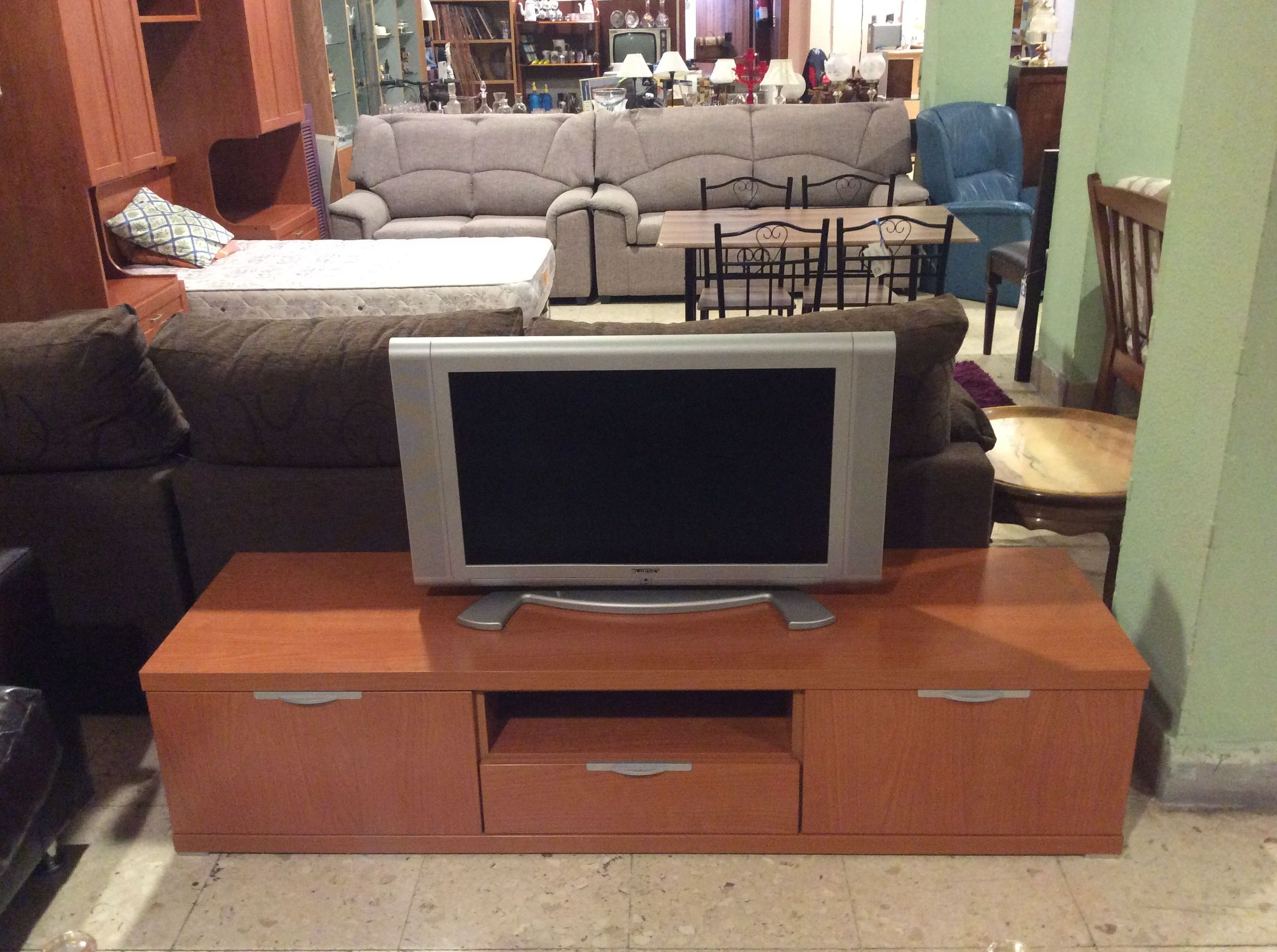 Foto 222 de Recogida y venta de muebles usados en Gijón | Remar Asturias
