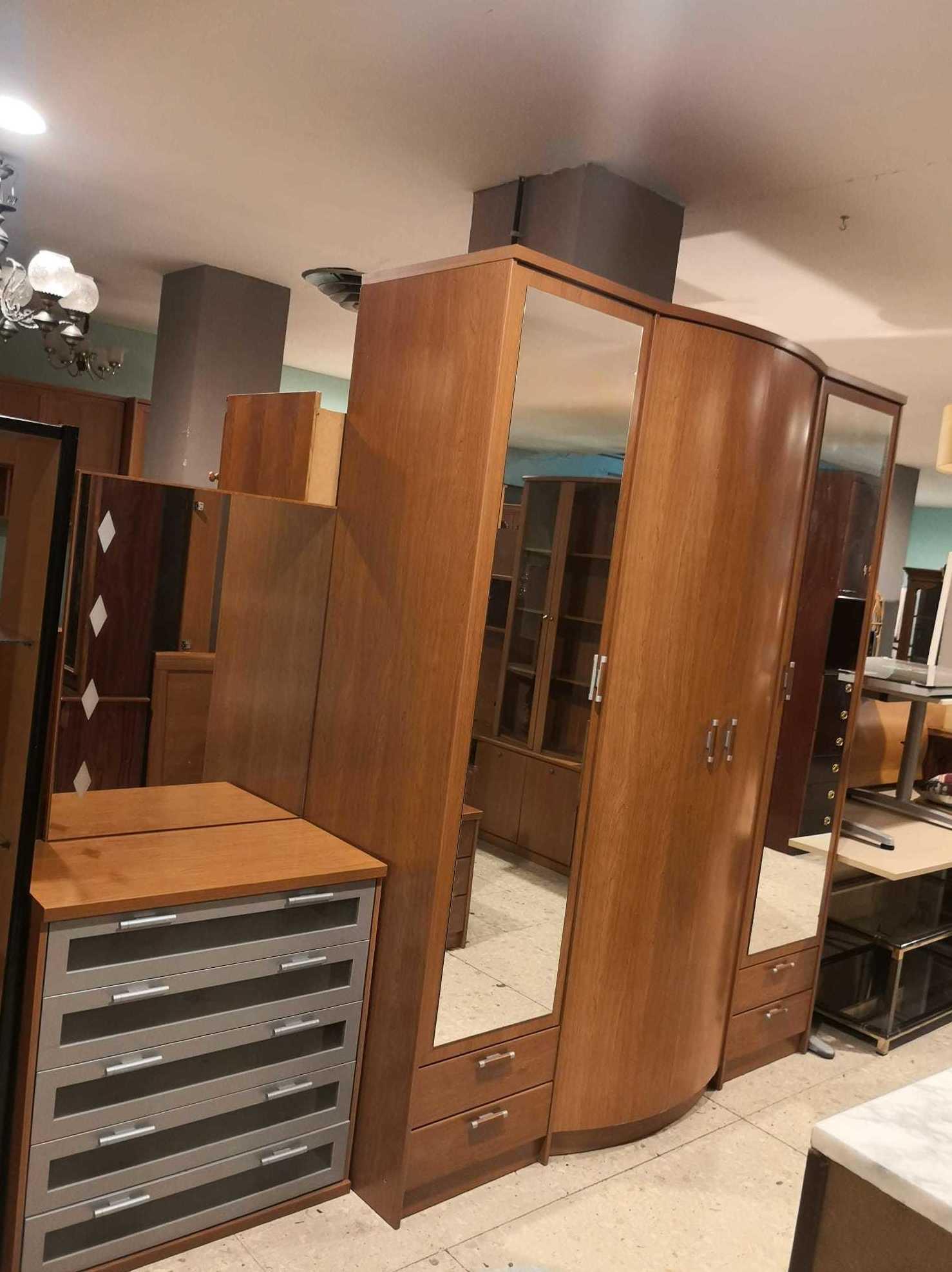 Foto 8 de Recogida y venta de muebles usados en Gijón | Remar Asturias