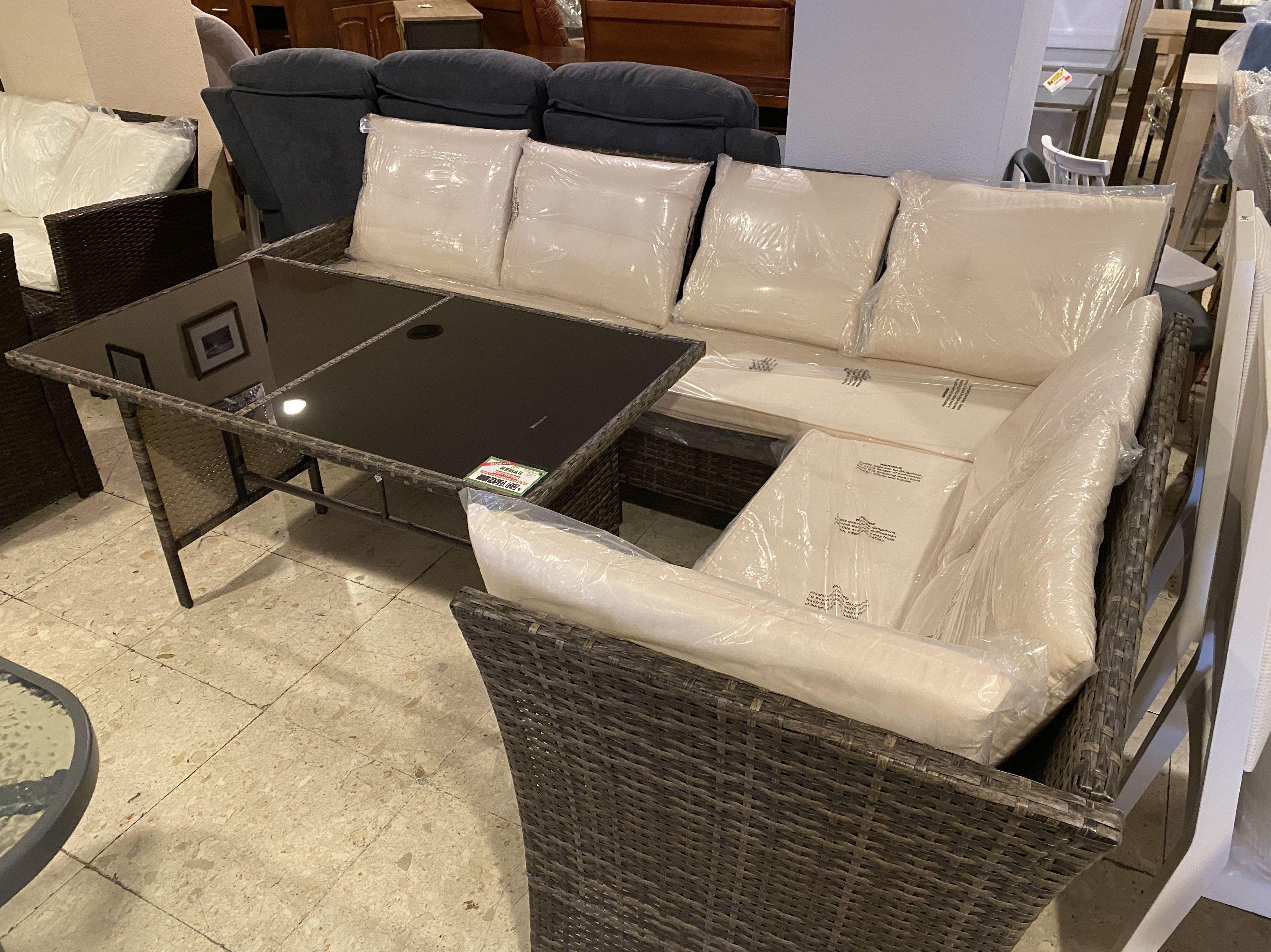 Foto 19 de Recogida y venta de muebles usados en Gijón | Remar Asturias