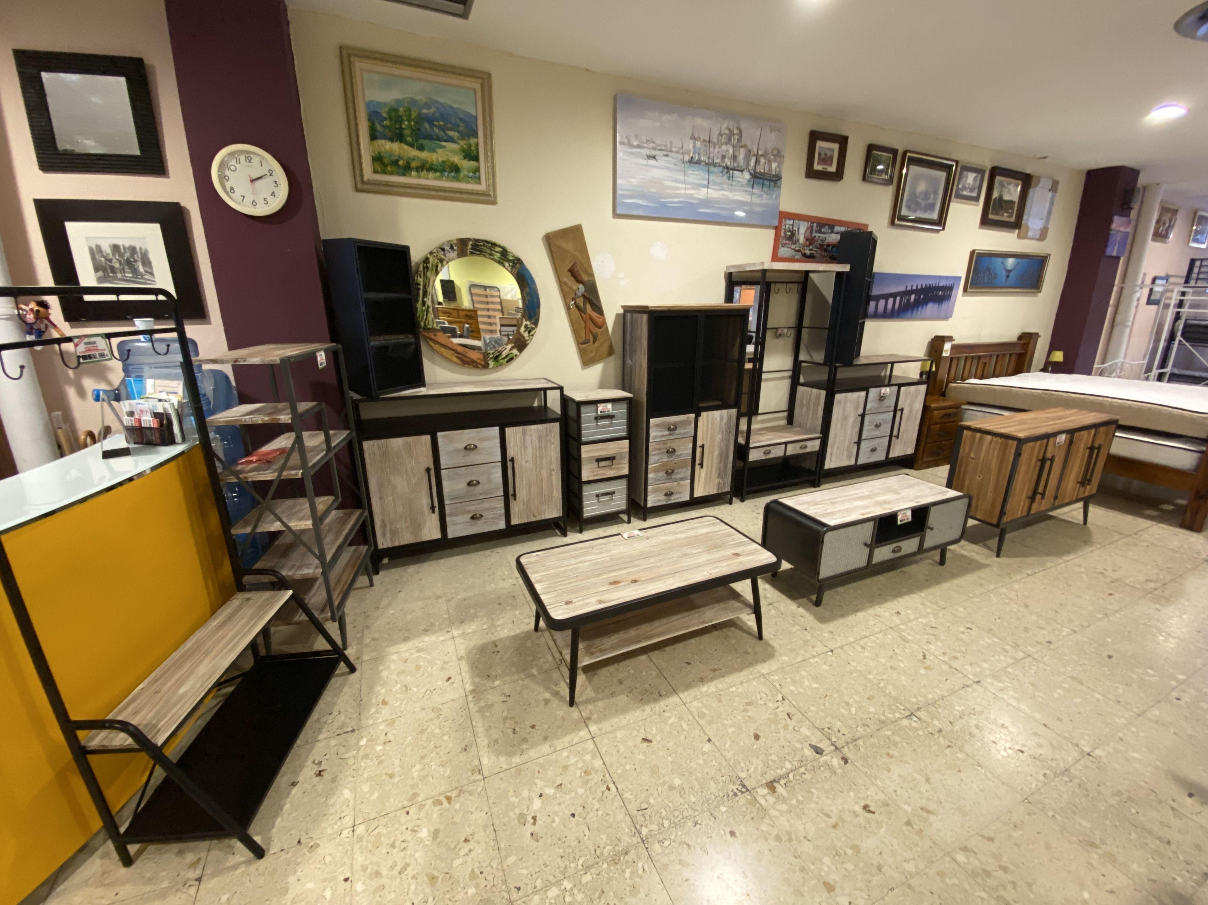 Foto 2 de Recogida y venta de muebles usados en Gijón   Remar Asturias