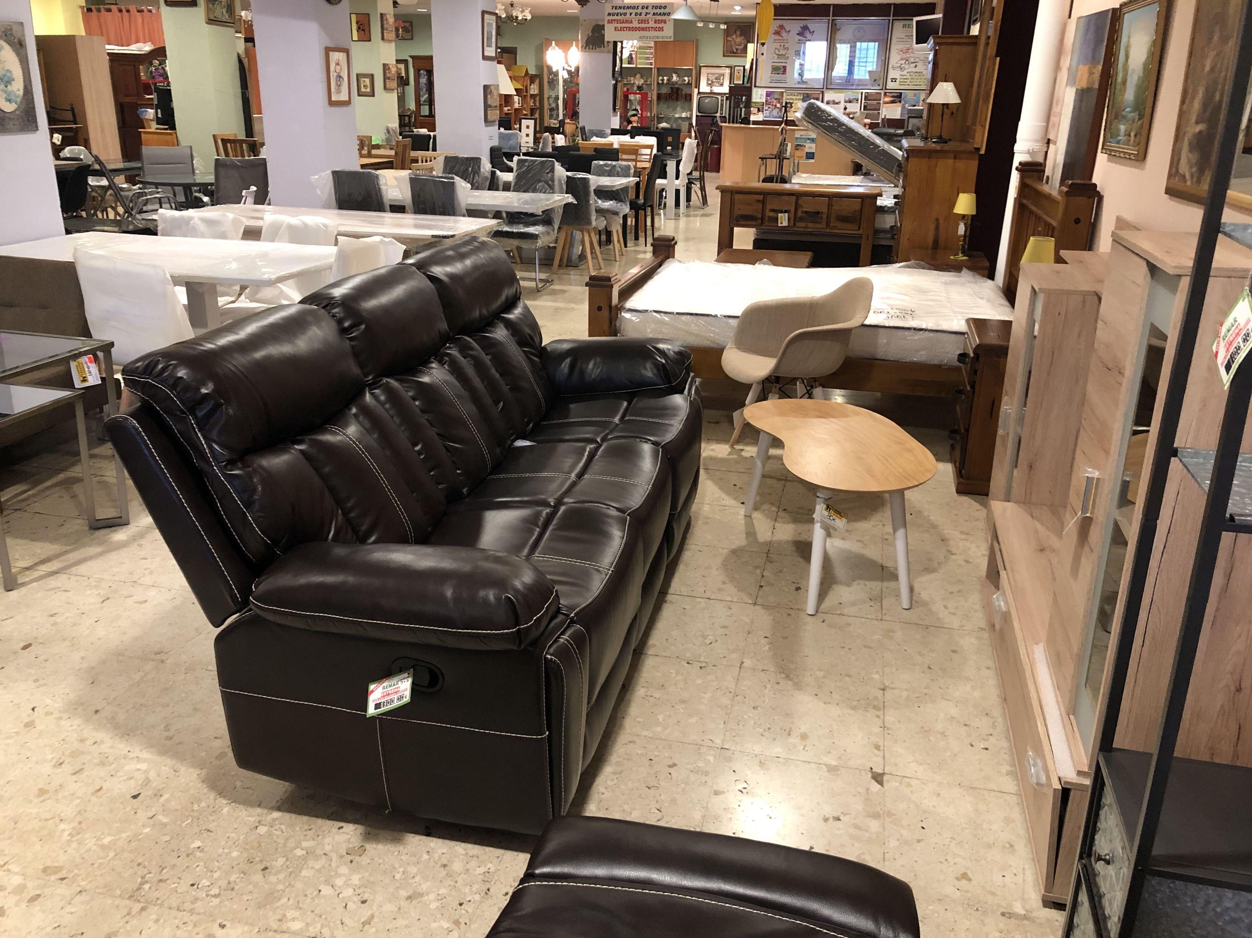 Foto 27 de Recogida y venta de muebles usados en Gijón | Remar Asturias