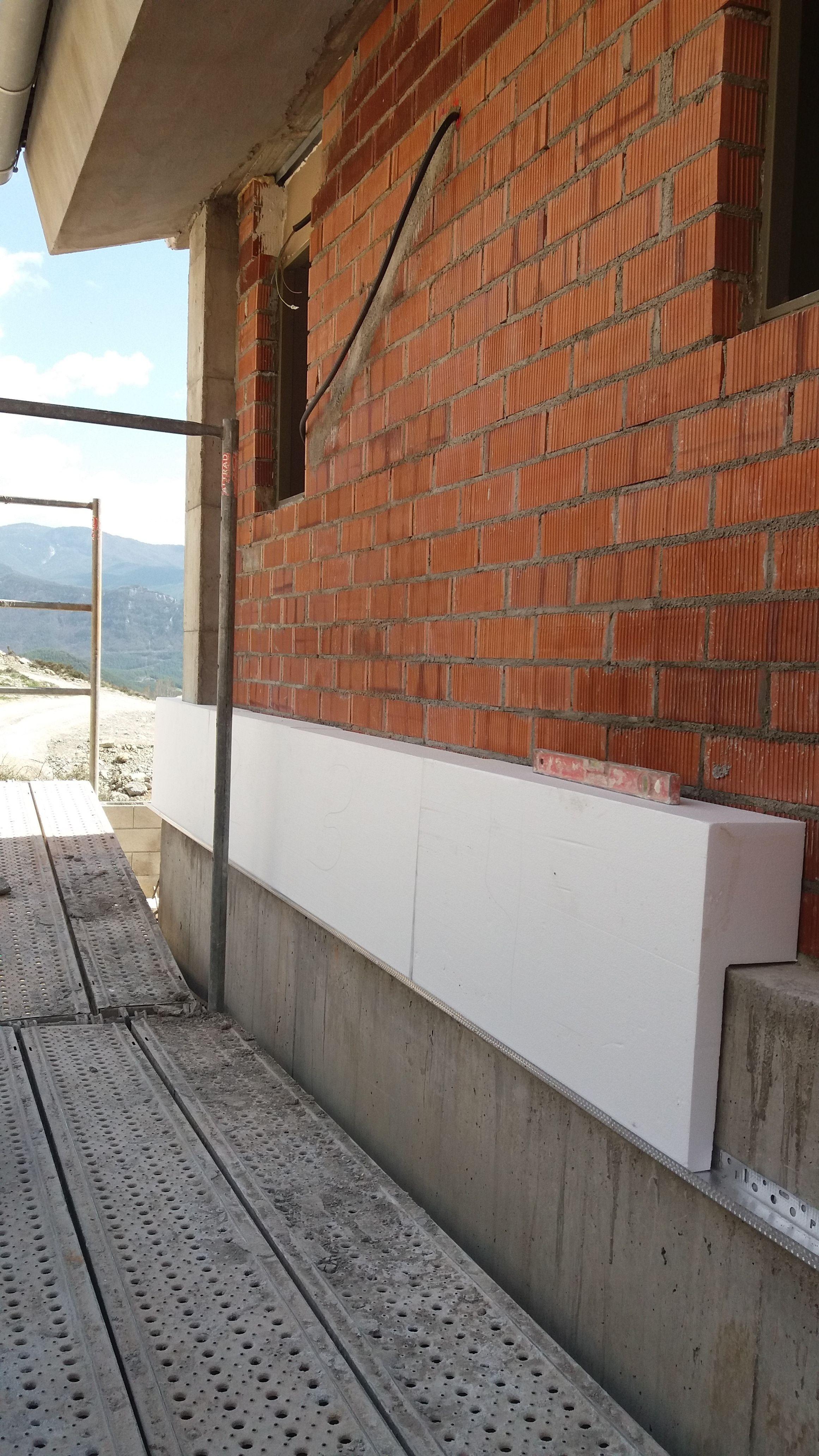 Realizamos impermeabilización de fachadas en Manresa