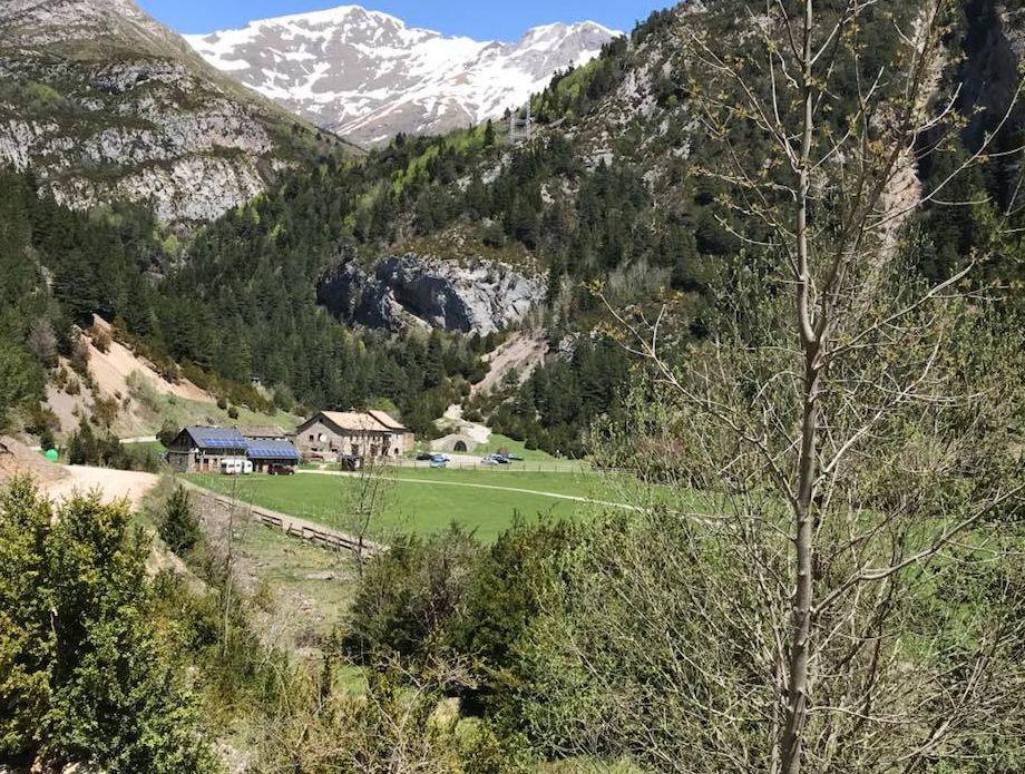 Refugio de montaña con restaurante en Torla, Huesca