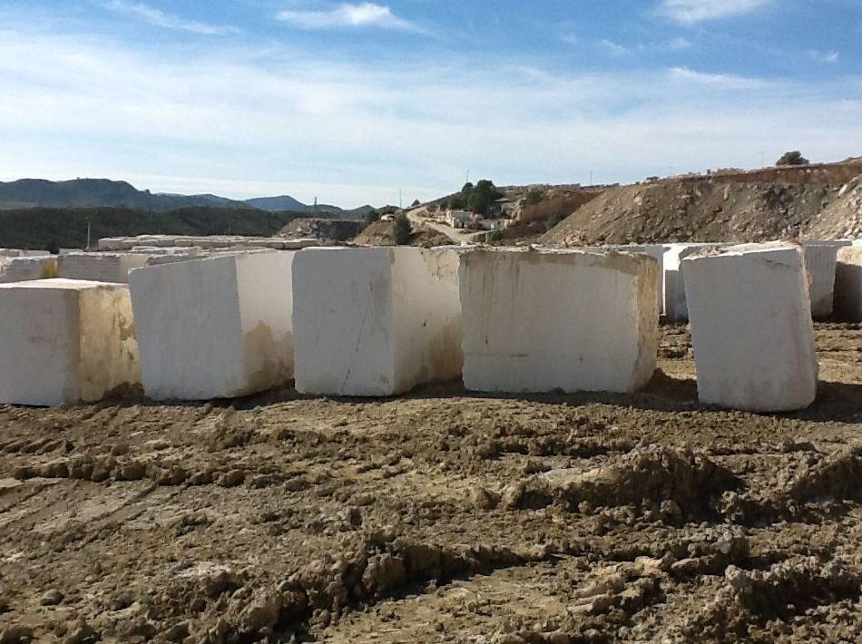 Elegimos los mejores bloques de mármol para nuestros trabajos