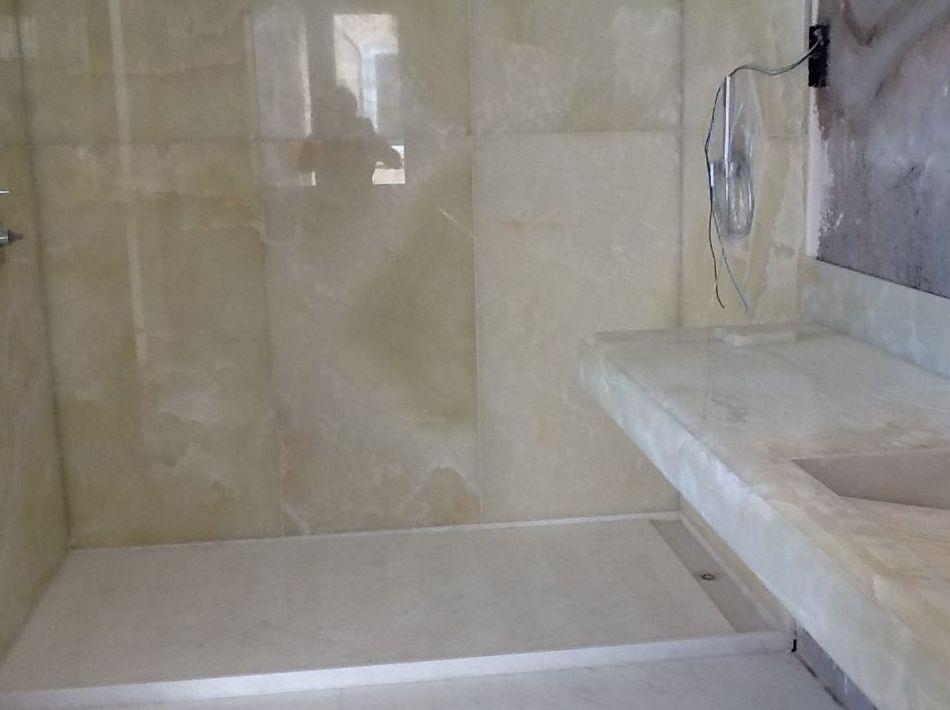 Baños de mármol en Valencia