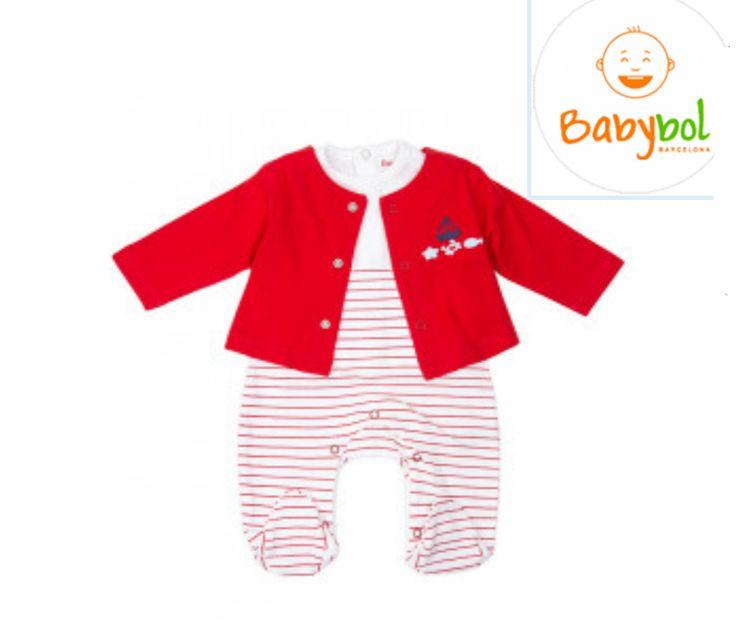 Conjunto de tres piezas para bebé en color rojo