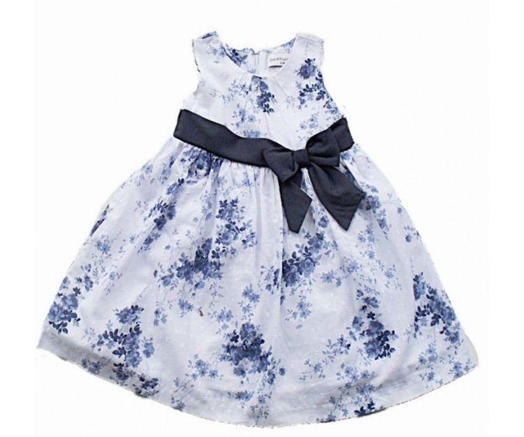 Vestido para niña con fondo estampado
