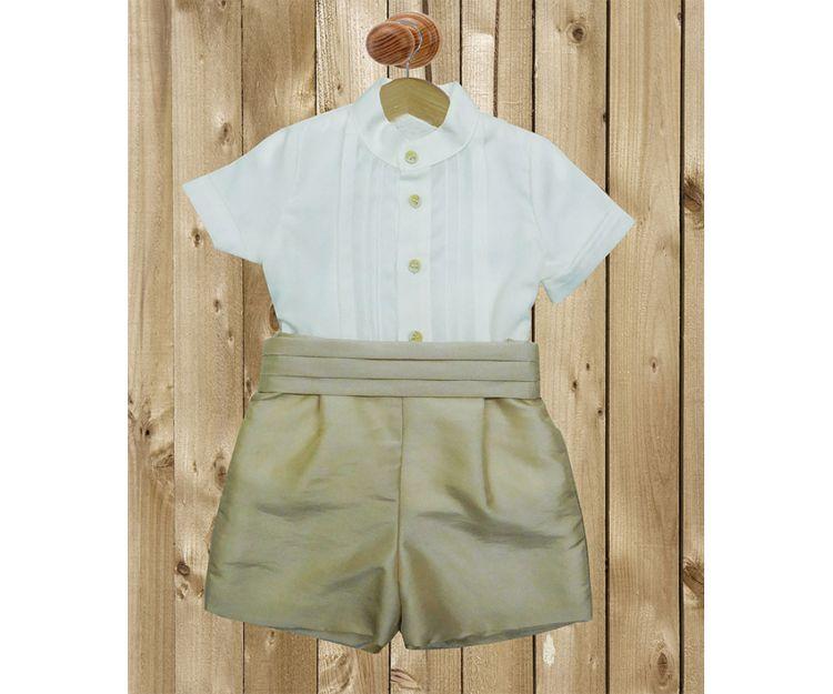 Conjunto para ceremonia con camisa y pantalón corto