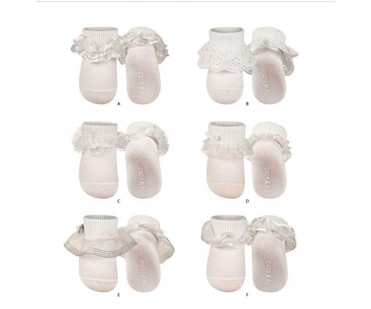 Calcetines blancos para bebé