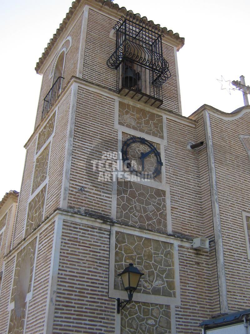 Automatización de relojes de torre: Productos de 2001 Técnica y Artesanía