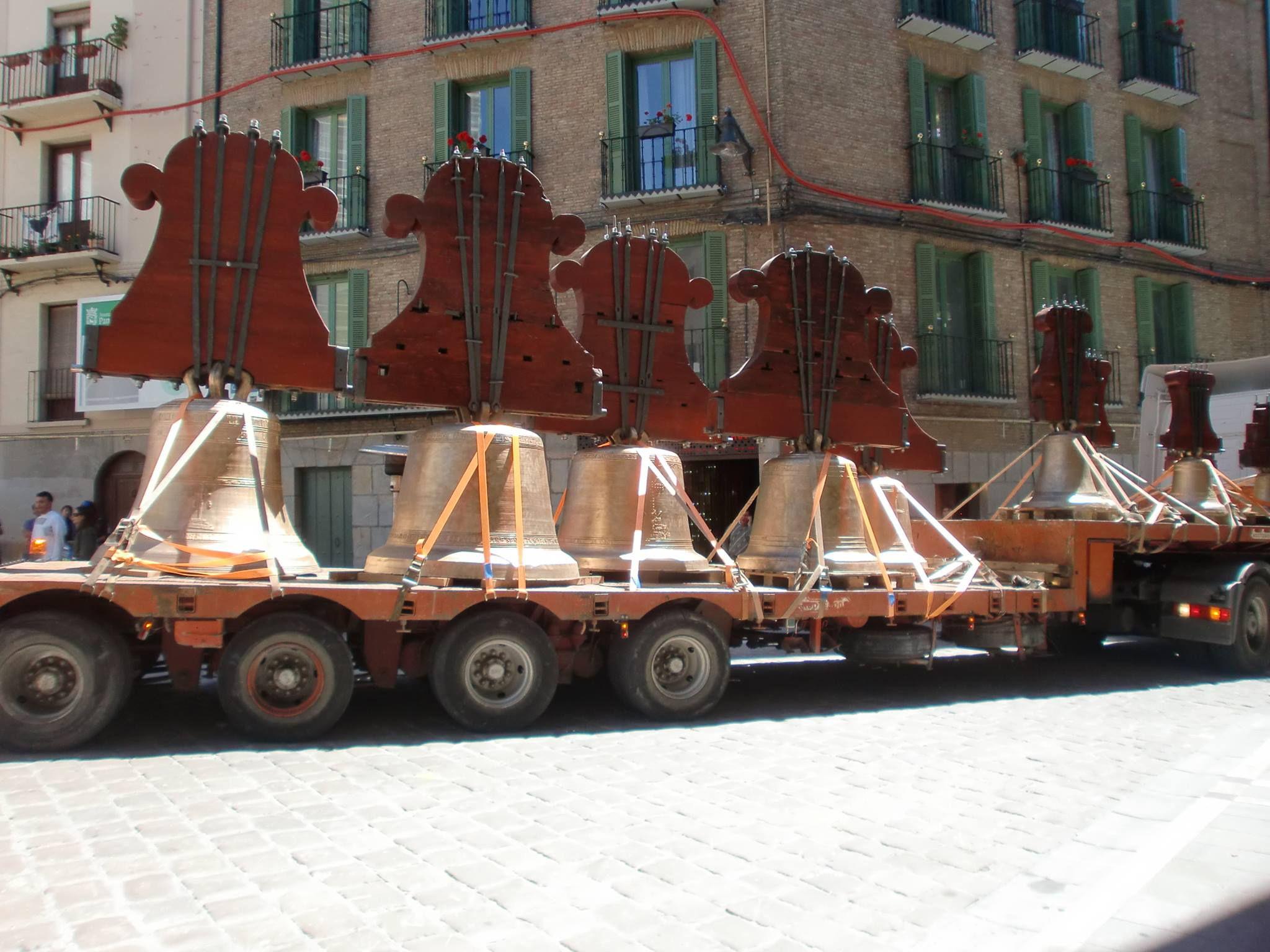 Venta e instalación de campanas de bronce