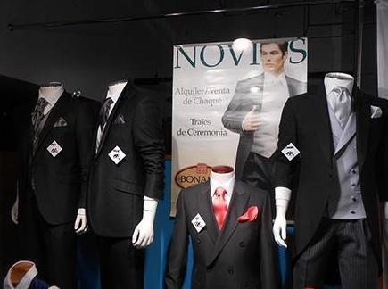 Tienda de ropa para hombre: trajes para novio en Gijón