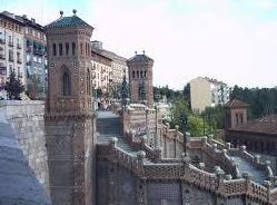 Escalinata de día en Teruel