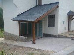 construcción de porche de madera