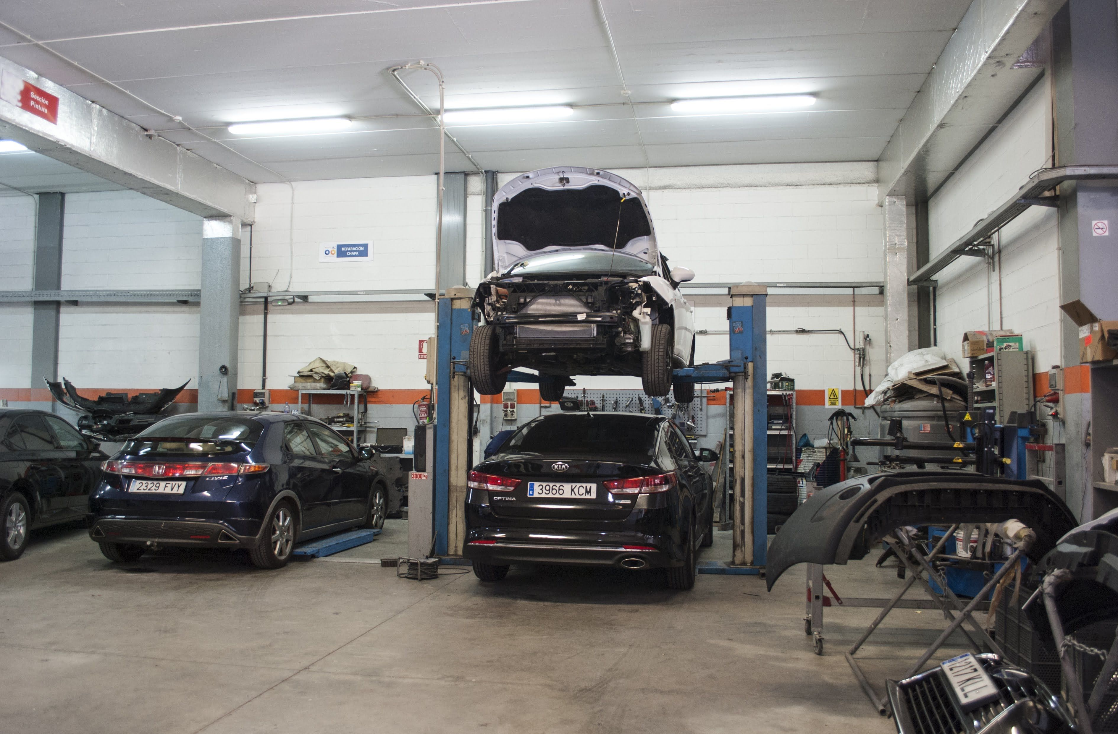 Vehículos en reparación