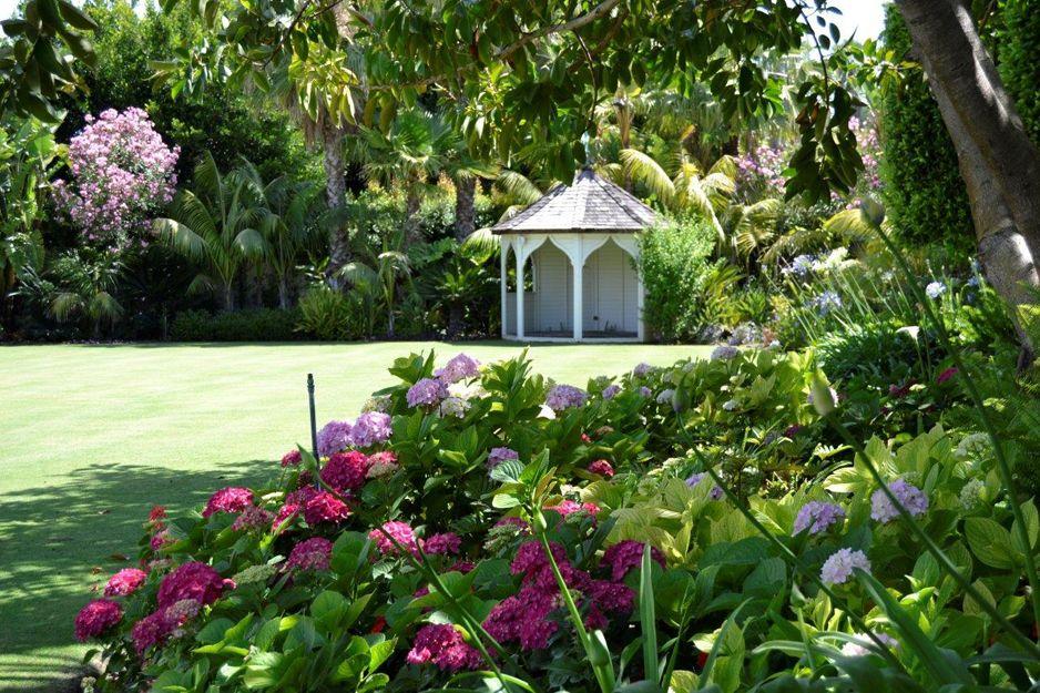 Diseño y mantenimiento de jardines en San Roque, Cádiz