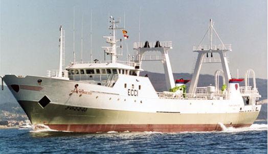 Disponemos de cuatro buques congeladores para la pesca en el Atlántico Norte y Sur